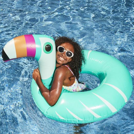 L/ÔTELI Pool Float Brunette